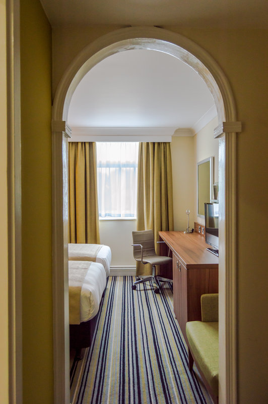 Holiday Inn Leeds - Garforth-Twin Bedroom Entry Archway<br/>Image from Leonardo