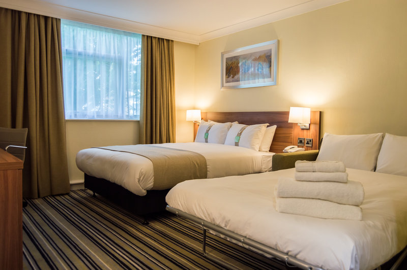 Holiday Inn Leeds - Garforth-Double Room with Sofa for up to 2 Children<br/>Image from Leonardo