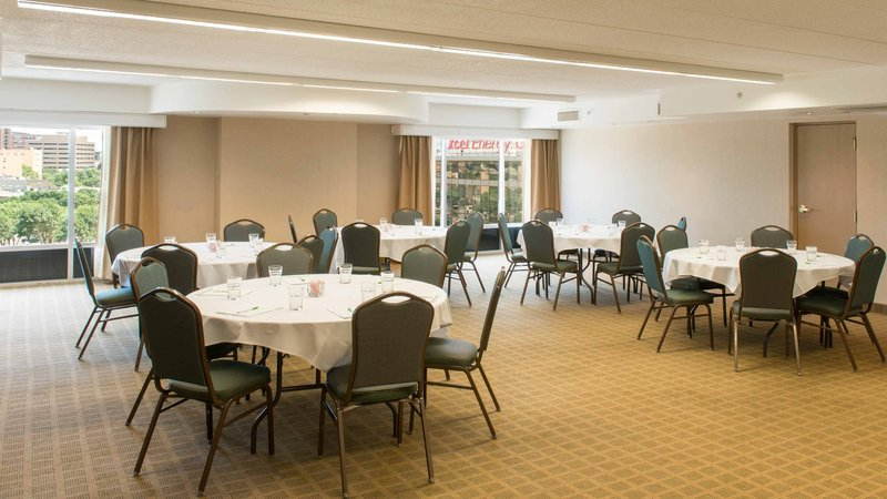 Holiday Inn St. Paul Downtown-Let our catering staff assist w/your meeting, event, or reception.<br/>Image from Leonardo