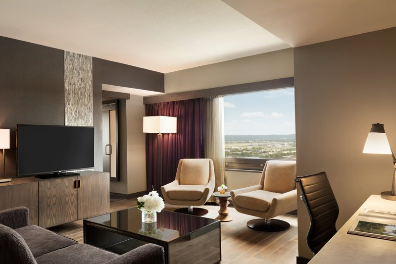 InterContinental Saint Paul Riverfront-Suite living area with beautiful views<br/>Image from Leonardo
