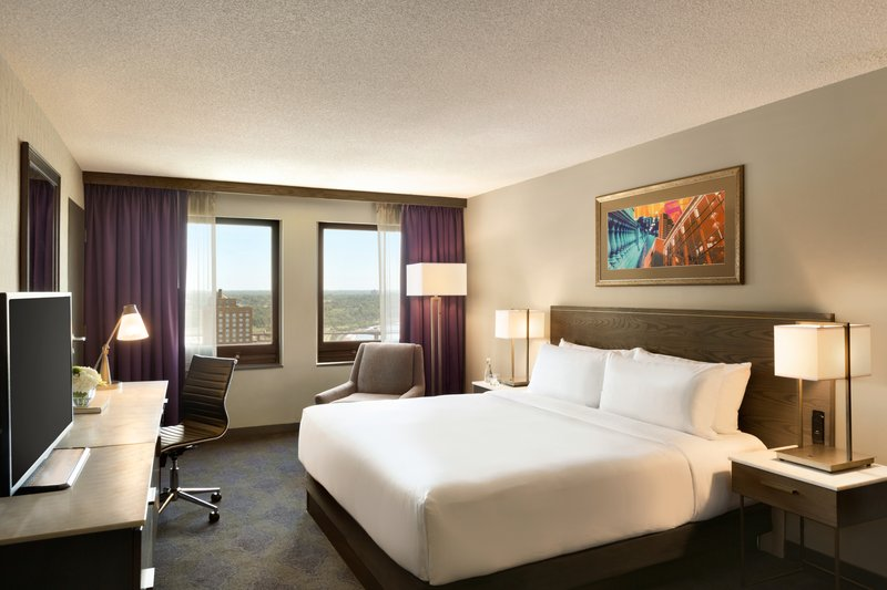 InterContinental Saint Paul Riverfront- King  bed Guest Room<br/>Image from Leonardo