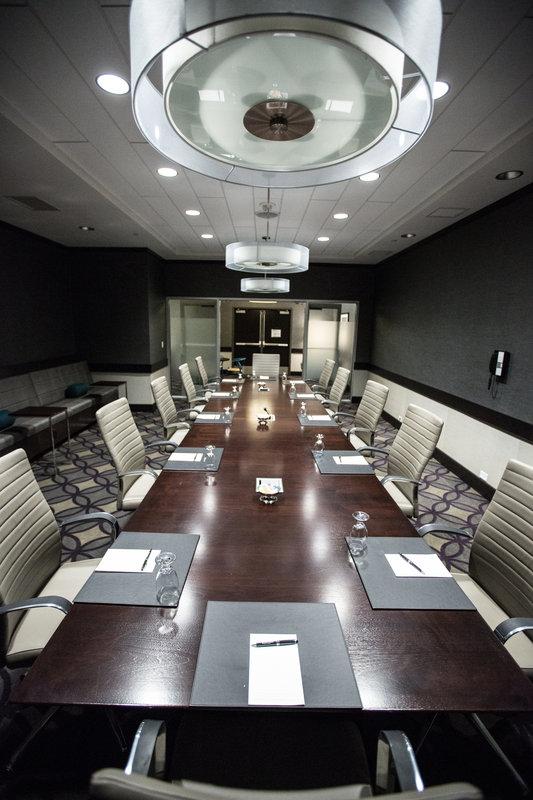 InterContinental Saint Paul Riverfront-Boardroom<br/>Image from Leonardo