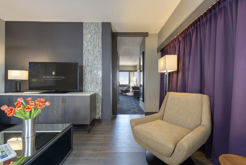 InterContinental Saint Paul Riverfront-Spacious suite with seperating door from the sleeping area <br/>Image from Leonardo