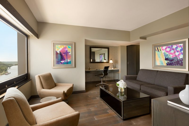 InterContinental Saint Paul Riverfront-Spaciousliving and working area with river front views<br/>Image from Leonardo