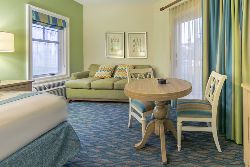Holiday Inn Club Vacations South Beach Resort-Sitting area in a One Bedroom Queen Studio<br/>Image from Leonardo