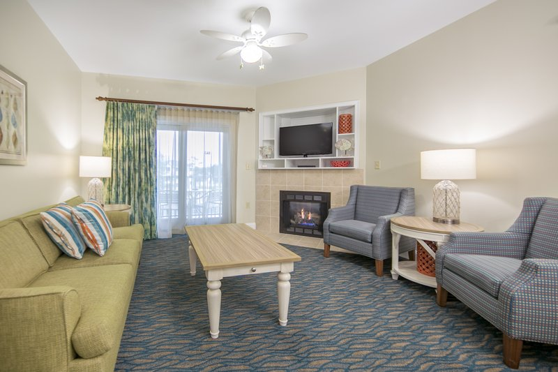 Holiday Inn Club Vacations South Beach Resort-Spread out in the living room <br/>Image from Leonardo