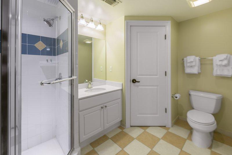 Holiday Inn Club Vacations South Beach Resort-Bathroom in One Bedroom Villa King <br/>Image from Leonardo