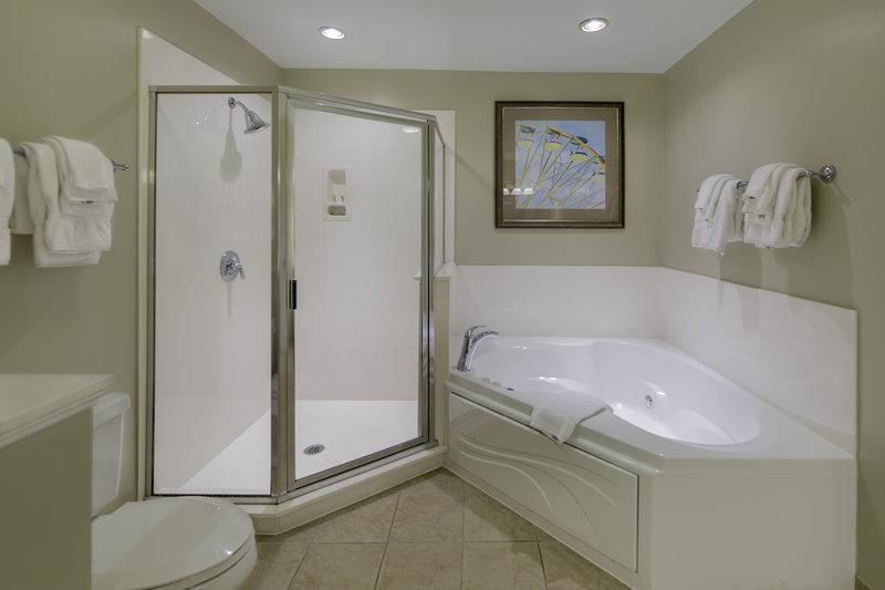 Holiday Inn Club Vacations South Beach Resort-Spacious bathroom in guest villa <br/>Image from Leonardo