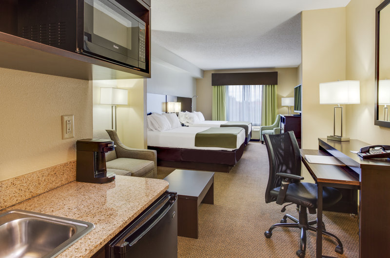 Holiday Inn Express & Suites Tampa-I-75 @ Bruce B. Downs-Two Queen Suite<br/>Image from Leonardo