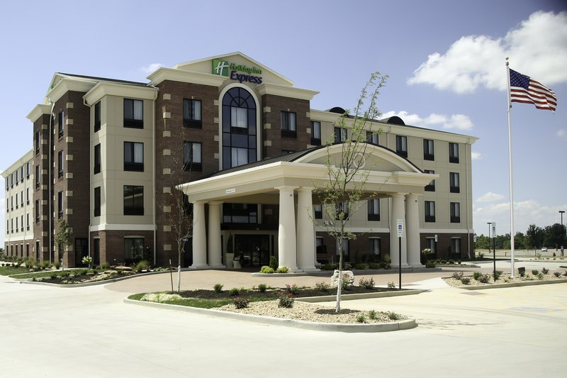 Holiday Inn Express & Suites Marion Northeast-Hotel Exterior #1<br/>Image from Leonardo