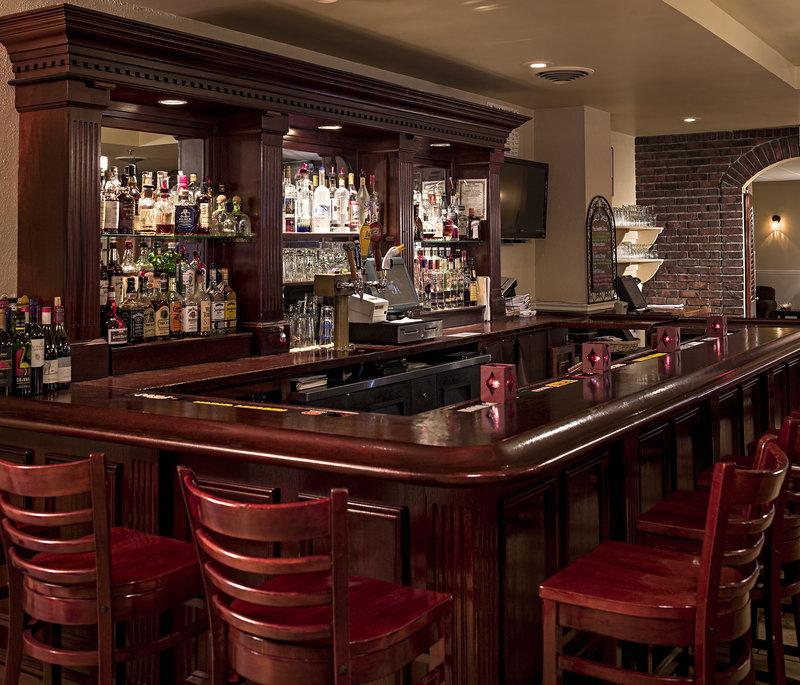 Holiday Inn Berkshires-Full Bar w/ Beer on Tap<br/>Image from Leonardo