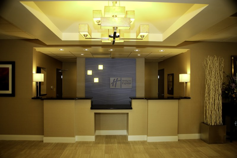 Holiday Inn Express & Suites Marion Northeast-Front Desk #1<br/>Image from Leonardo