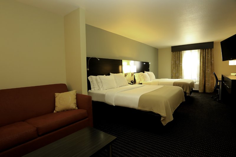 Holiday Inn Express & Suites Marion Northeast-Suite<br/>Image from Leonardo