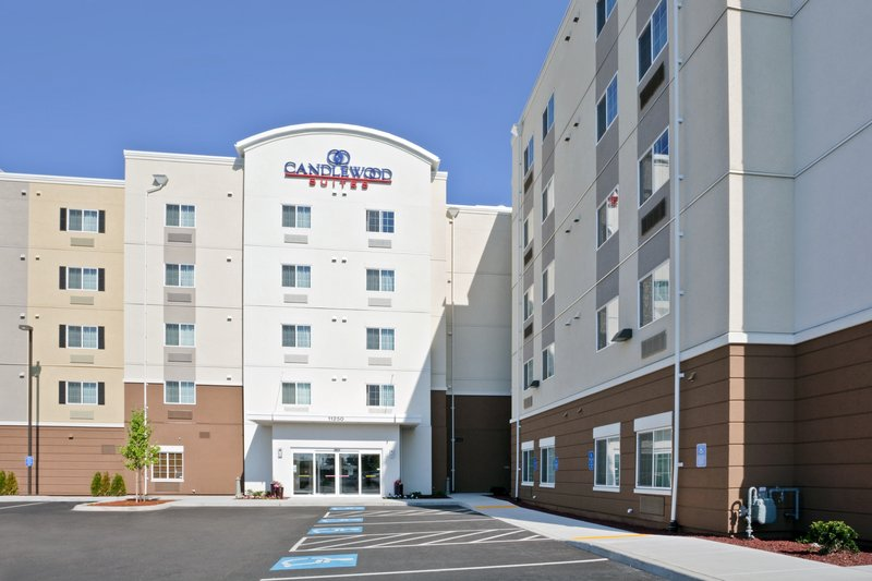 Candlewood Suites Portland Airport-Candlewood Suites Extended Stay Hotel Portland Airport<br/>Image from Leonardo