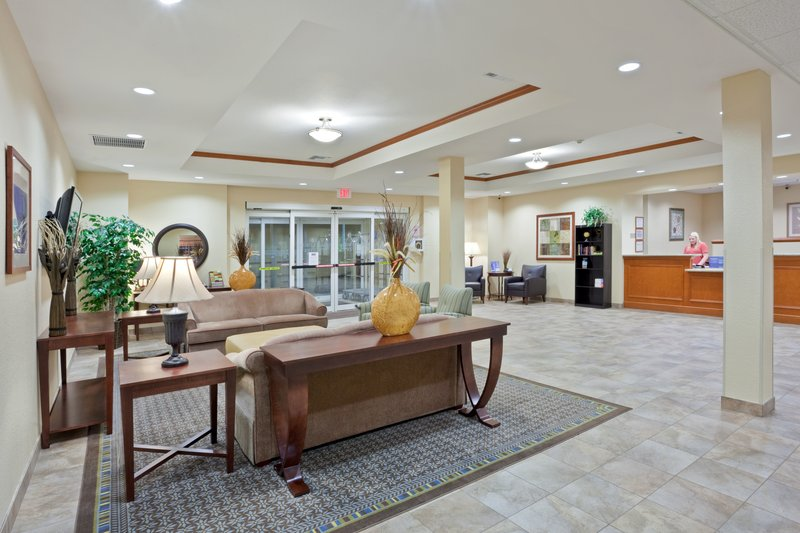 Candlewood Suites Portland Airport-Relax and unwind in our spacious lobby<br/>Image from Leonardo