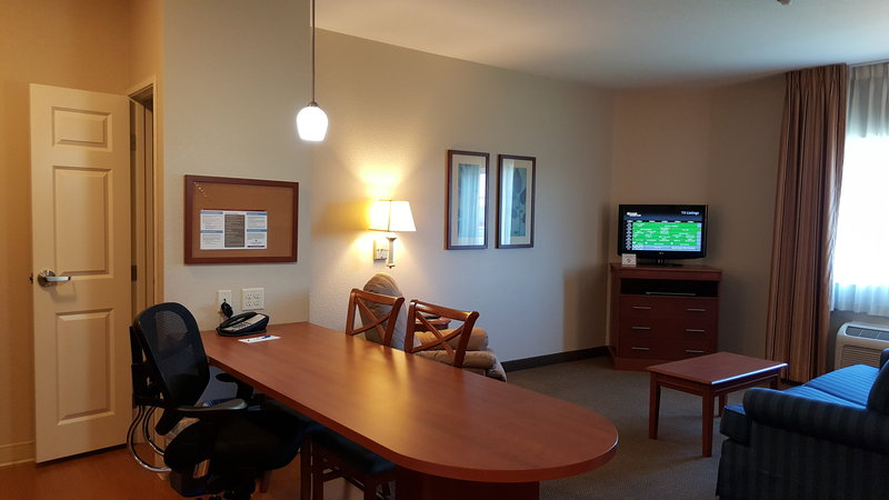Candlewood Suites Portland Airport-O1KN-One Bedroom Suite<br/>Image from Leonardo