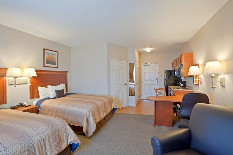 Candlewood Suites Portland Airport-Double Queen Studio Extended Stay<br/>Image from Leonardo