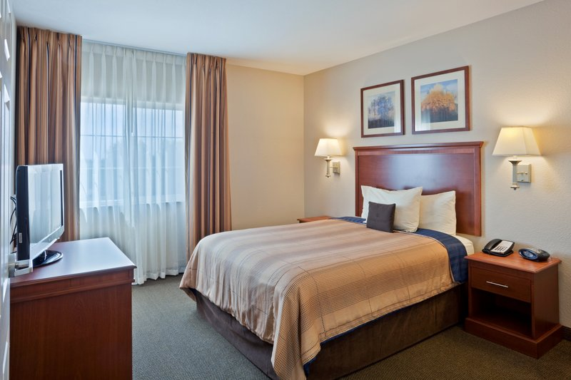 Candlewood Suites Portland Airport-One Bedroom Suite Extended Stay- Portland Airport Hotel<br/>Image from Leonardo