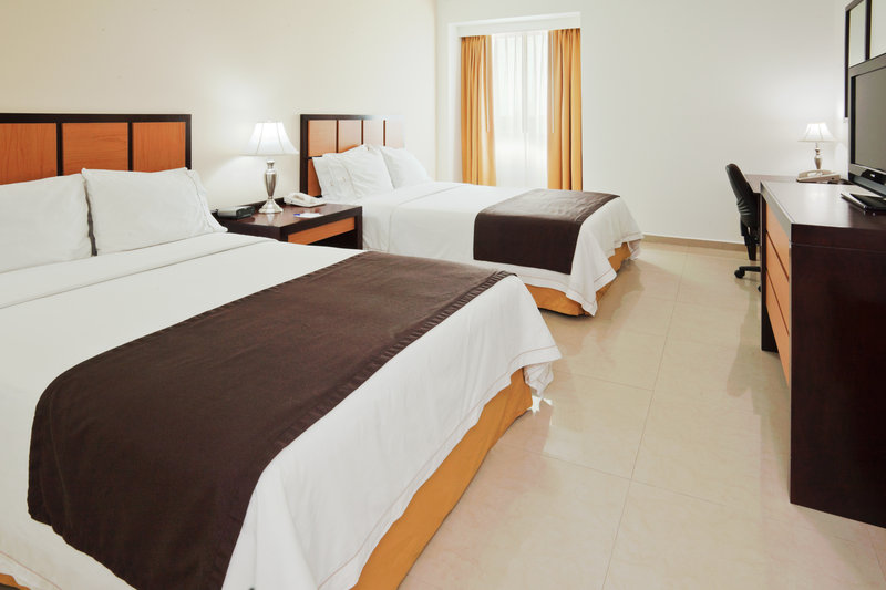 Holiday Inn Express Paraiso Dos Bocas-Double Bed Guest Room<br/>Image from Leonardo