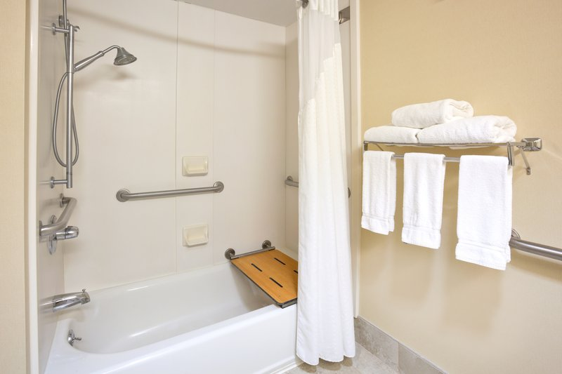 Holiday Inn Express Cedar Rapids (Collins Rd)-Enjoy our Guest Bathroom with shower/tub combo<br/>Image from Leonardo