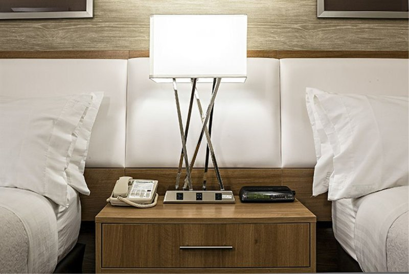 Holiday Inn Cape Cod - Falmouth-Double Bed Guest Room<br/>Image from Leonardo