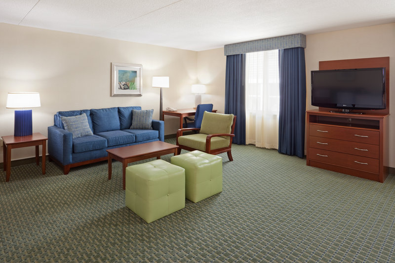 Holiday Inn Cape Cod - Falmouth-King Feature Room / Sitting and Work Area<br/>Image from Leonardo