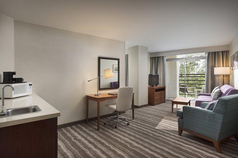 Crowne Plaza Portland - Lake Oswego-Corner Suite Living Room with a spacious balcony<br/>Image from Leonardo