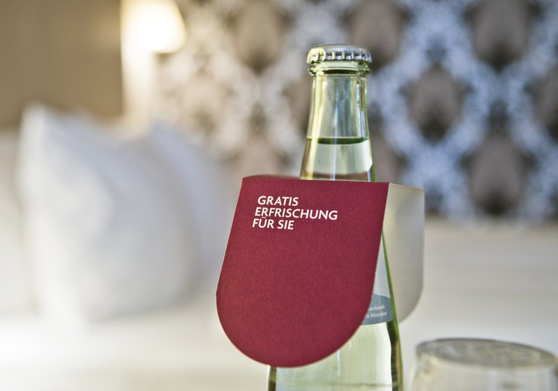Crowne Plaza Hannover-One Bottle of Mineralwater - complimentary every Day<br/>Image from Leonardo