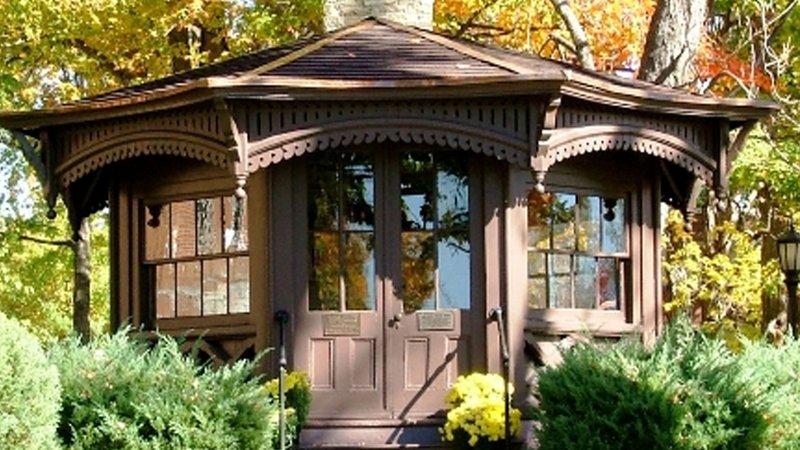 Holiday Inn Elmira - Riverview-Mark Twain Study - Huckleberry Finn was written in that study!<br/>Image from Leonardo