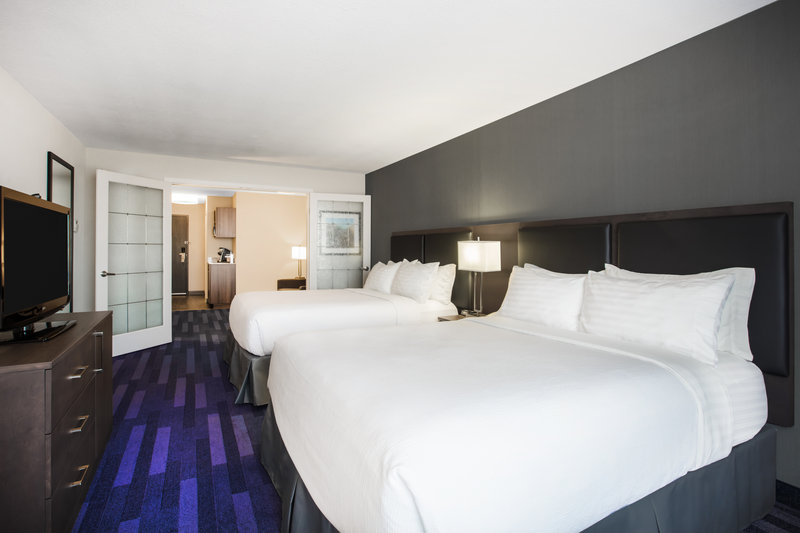 Holiday Inn Hotel & Suites Grande Prairie-Conference Ctr-Enough Space For The Whole Family In Our Spacious 2 Queen Suite<br/>Image from Leonardo