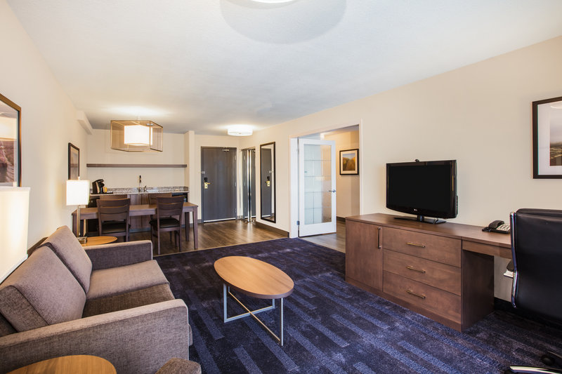 Holiday Inn Hotel & Suites Grande Prairie-Conference Ctr-Our Spacious Suites Were Designed To Make You Feel Right At Home<br/>Image from Leonardo