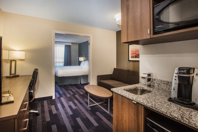 Holiday Inn Hotel & Suites Grande Prairie-Conference Ctr-Take advantage of extra space in our large Queen Suite<br/>Image from Leonardo