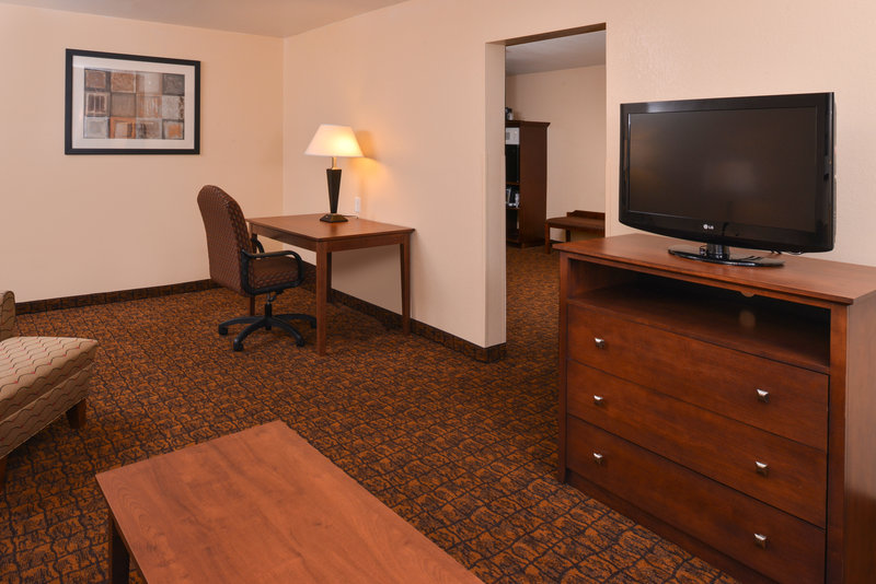 Holiday Inn Express Morgantown-One King Bed Two Room Suite<br/>Image from Leonardo