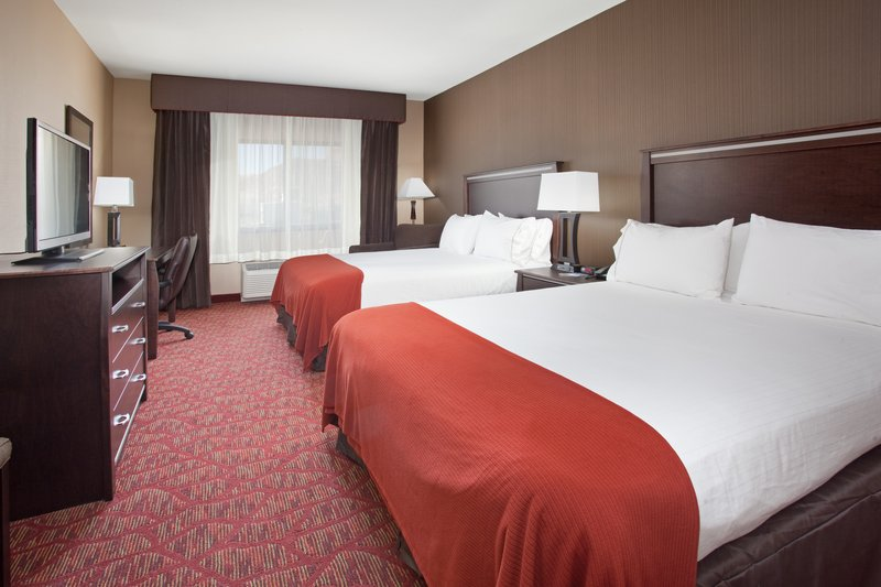Holiday Inn Express & Suites Moab-Two Queen Beds<br/>Image from Leonardo