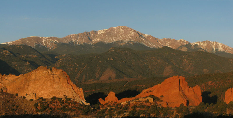 Holiday Inn Express & Suites Colorado Springs Central-Garden of the Gods<br/>Image from Leonardo