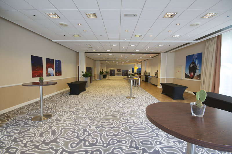 Crowne Plaza Antwerp-Meeting Lounge<br/>Image from Leonardo