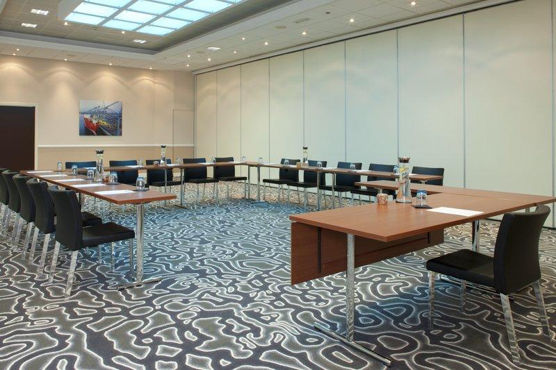 Crowne Plaza Antwerp-Meeting Room Bonapartedok<br/>Image from Leonardo