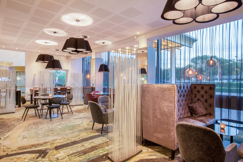 Crowne Plaza Antwerp-Bar and Lounge<br/>Image from Leonardo