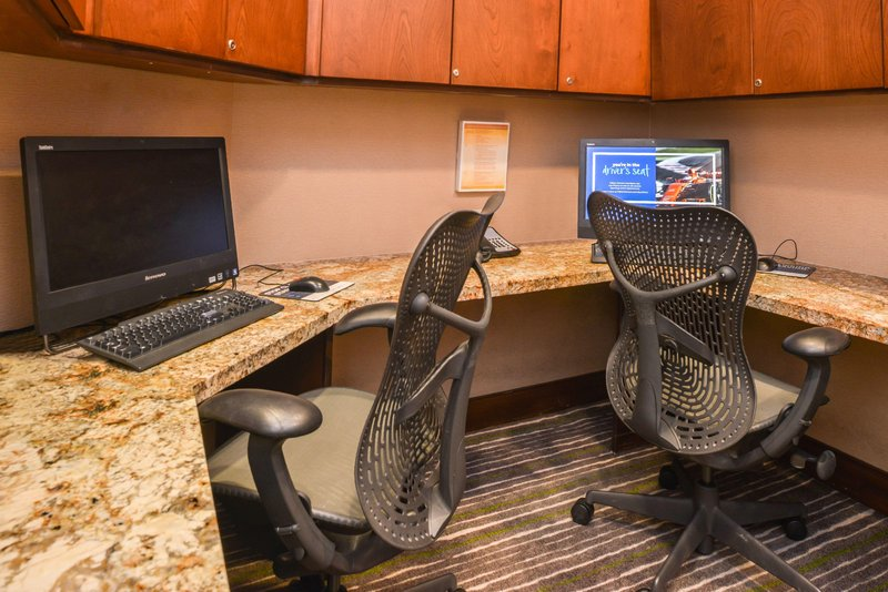 Hilton Garden Inn Yuma Pivot Point-Business Center<br/>Image from Leonardo