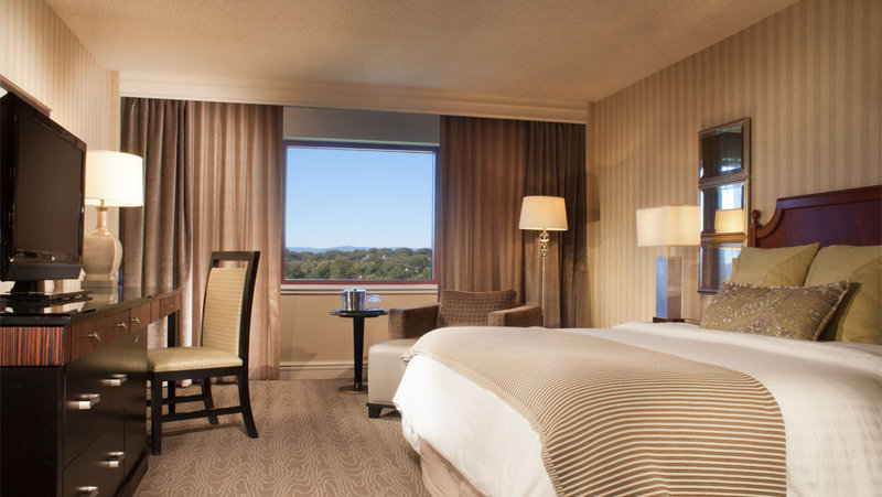 Omni Charlottesville-Classic Accessible Deluxe Room<br/>Image from Leonardo