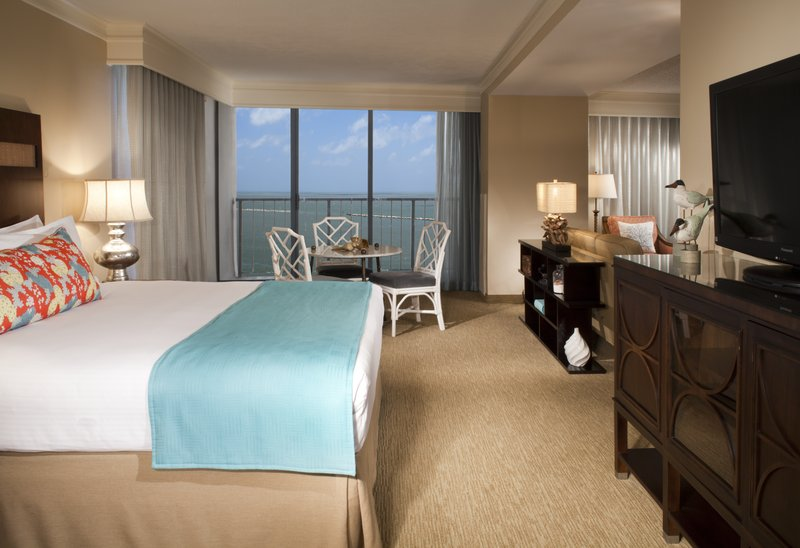 Omni Corpus Christi Hotel-Luxury Baview Suite<br/>Image from Leonardo
