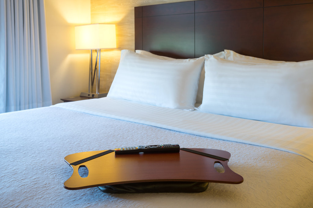 Holiday Inn Baltimore BWI Airport-Lap desk<br/>Image from Leonardo