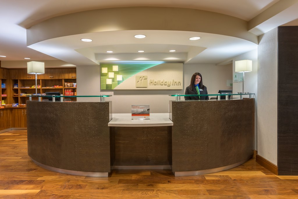 Holiday Inn Baltimore BWI Airport-Our front desk team can help you with all your hospitality needs<br/>Image from Leonardo