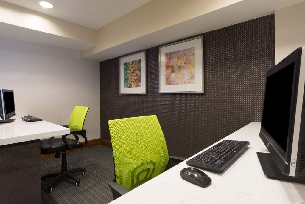 Holiday Inn Baltimore BWI Airport-Business Center to print and/or scan anything you need.<br/>Image from Leonardo