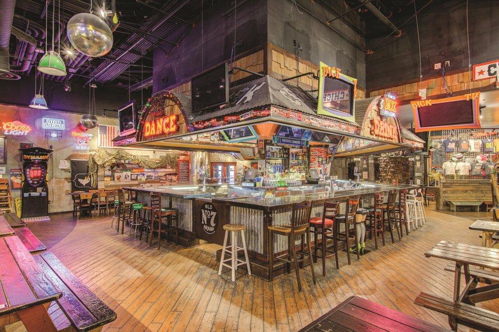 Excalibur Hotel and Casino - Dicks Last Resort Bar <br/>Image from Leonardo