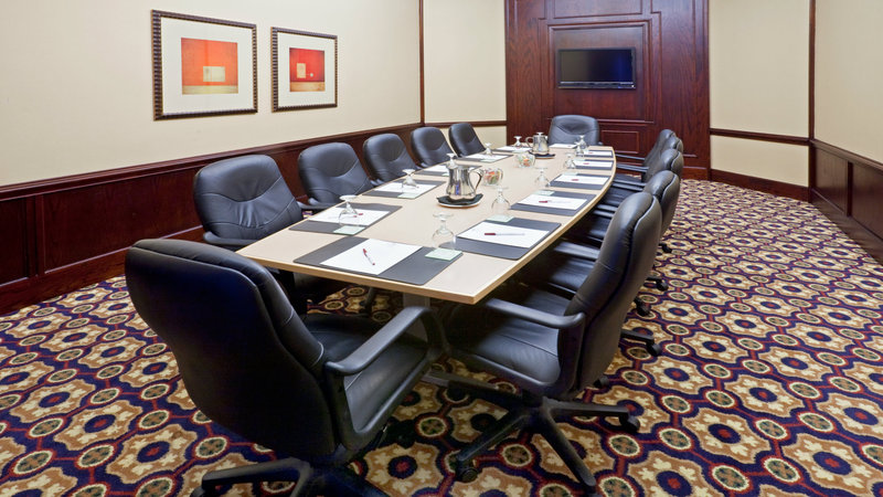 Crowne Plaza Suites Arlington - Ballpark - Stadium-Board meeting? Our Board Room accommodate 12 people perfectly!<br/>Image from Leonardo