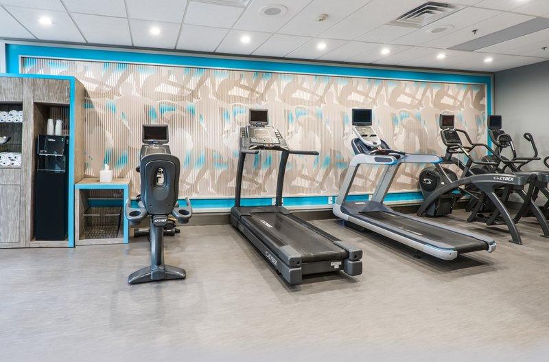 Crowne Plaza Suites Arlington - Ballpark - Stadium-Completely Transformed Fitness Center<br/>Image from Leonardo