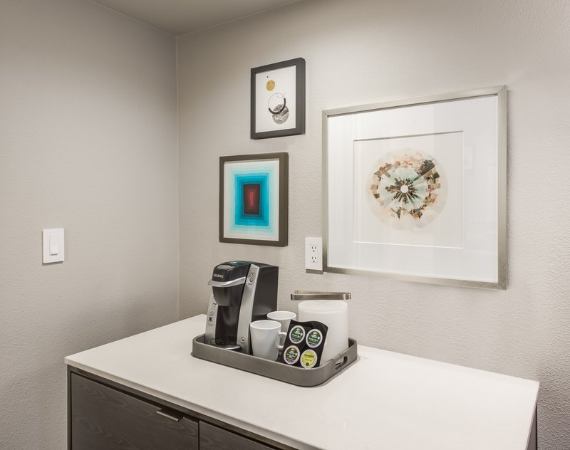 Crowne Plaza Suites Arlington - Ballpark - Stadium-Drop your keys off and get settled at the WorkLife welcome station<br/>Image from Leonardo