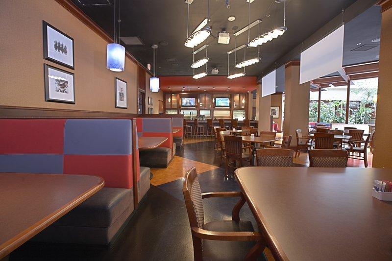 Crowne Plaza Suites Arlington - Ballpark - Stadium-Plenty of comfy seating at Crowne Plaza Grill & Bar<br/>Image from Leonardo