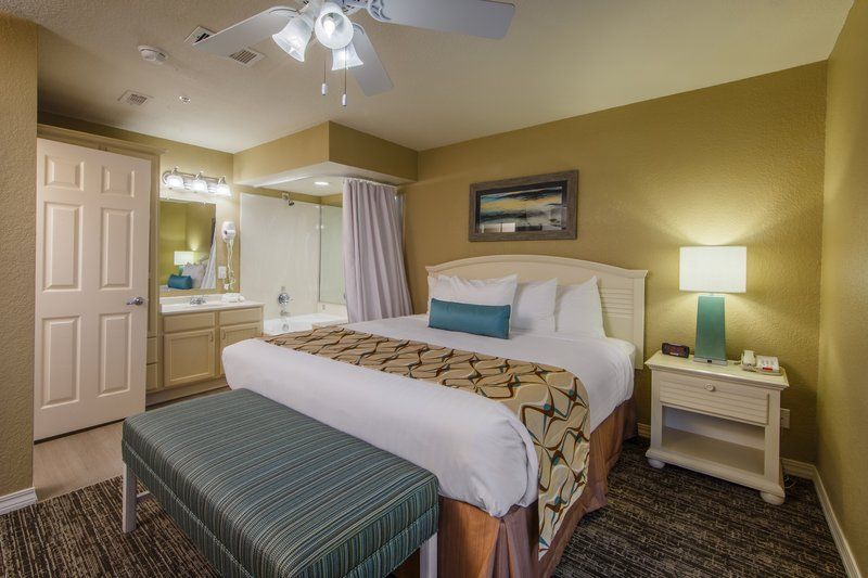 Holiday Inn Club Vacations Galveston Beach Resort-Master bedroom with jacuzzi <br/>Image from Leonardo